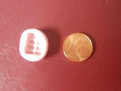 Stampino in silicone per fimo, cernit, pasta di mais a forma di barretta di cioccolato morsa