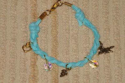 bracciale in pelle scamosciata color azzurro