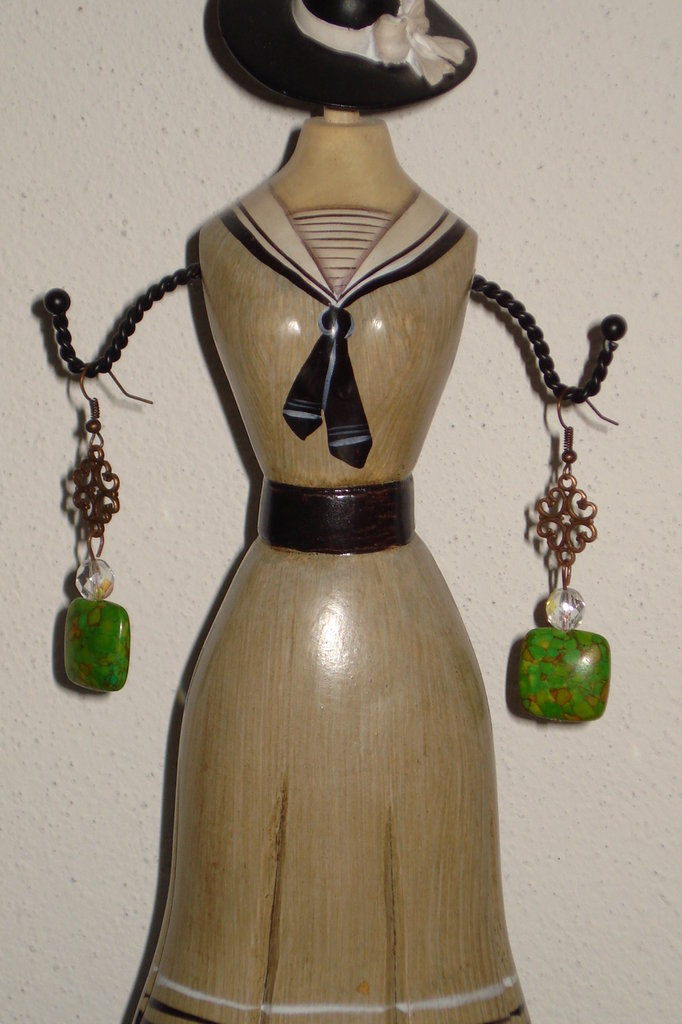 orecchini howlite verde