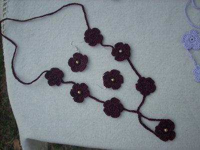 collana e orecchini uncinetto perline