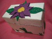 Portagioie fiore viola