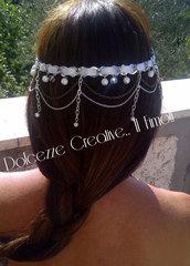 Coroncina decorativa per capelli: Argento e bianco, nastri e perle
