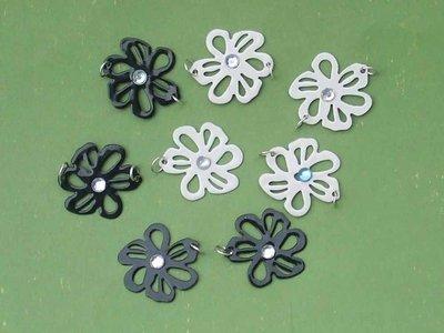 1 fiore bianco o nero metallo misura piccola
