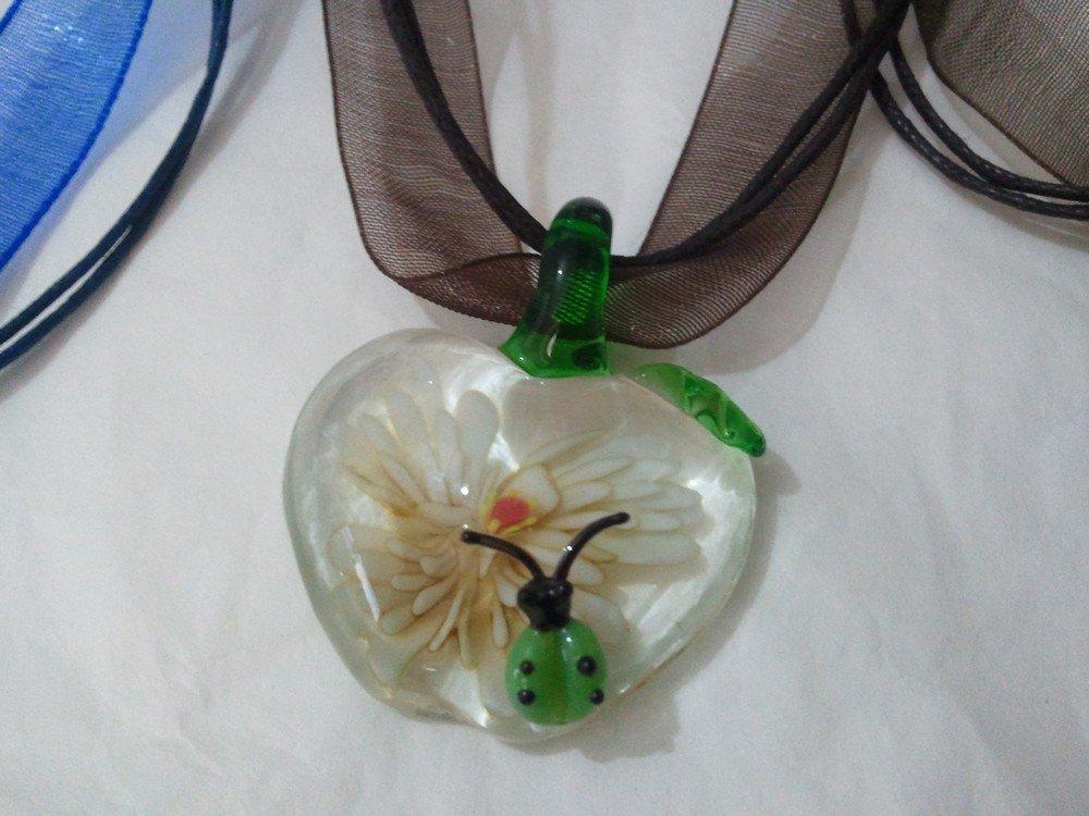 collana, ciondolo, murrina, vetro di murano a forma di mela con coccinella con organza fatta a mano bellissima!!!