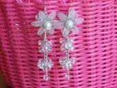 orecchini fiore lucite bianchi con perle cristallo