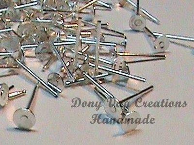 cod. M02  base orecchino silver