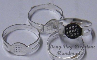 cod. M 06  base anello
