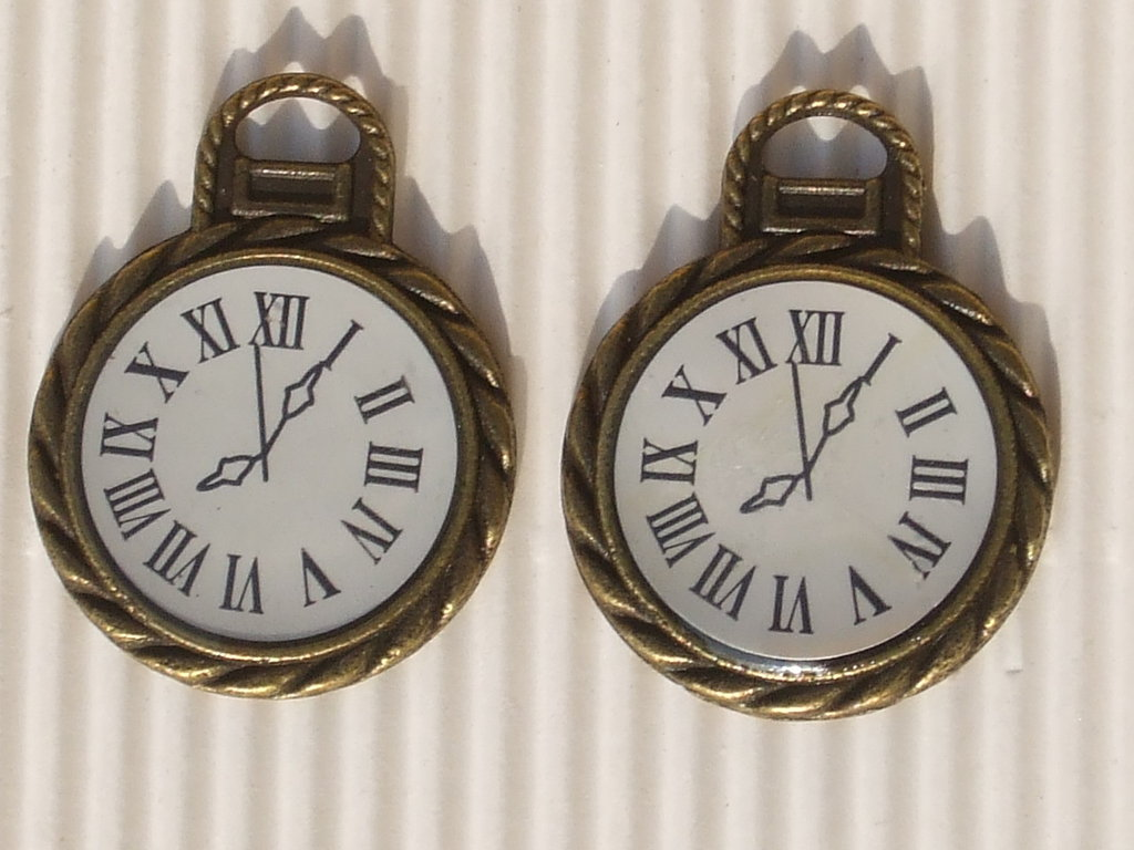 2 charms orologio bronzo 27x35mm vend.