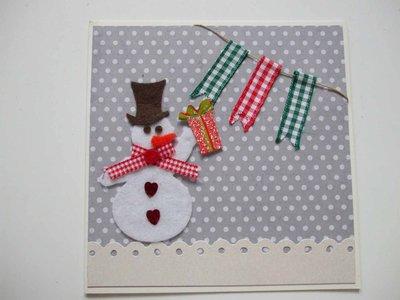Biglietto Natale pupazzo di neve + bandierine