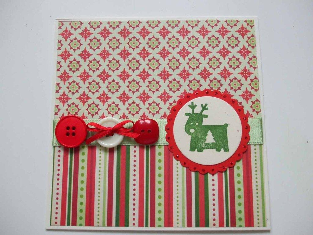 Biglietto Natale con renna verde e bottoni