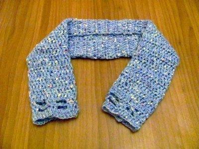 Copri spalle/sciarpa per bambina fatto a mano a maglia realizzato in Italia