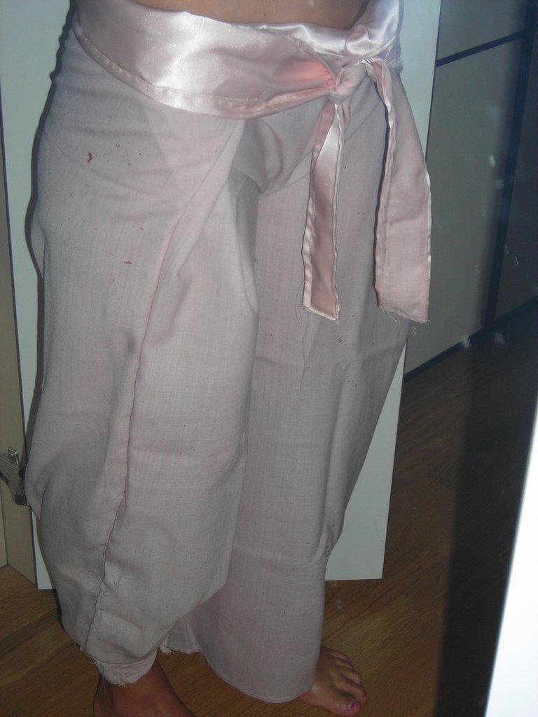 pantaloni thai