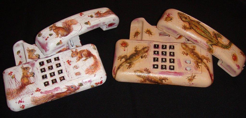 Telefono in decoupage