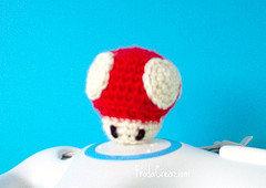 Super Mario Mushroom amigurumi - Funghetto Super Mario Amigurumi