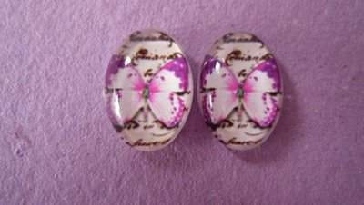 Cabochon in vetro temperato, Pink Butterfly Dimensioni: 18 x 13 mm