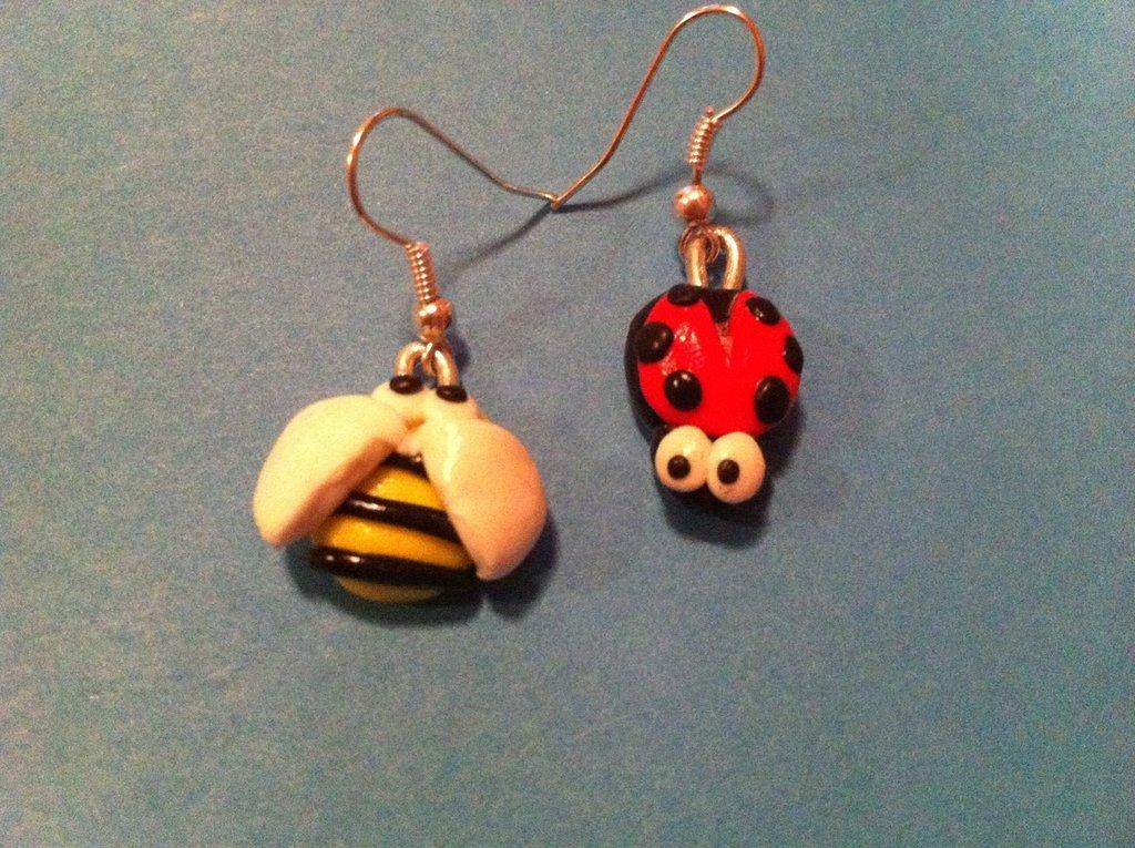 orecchini ape e coccinella