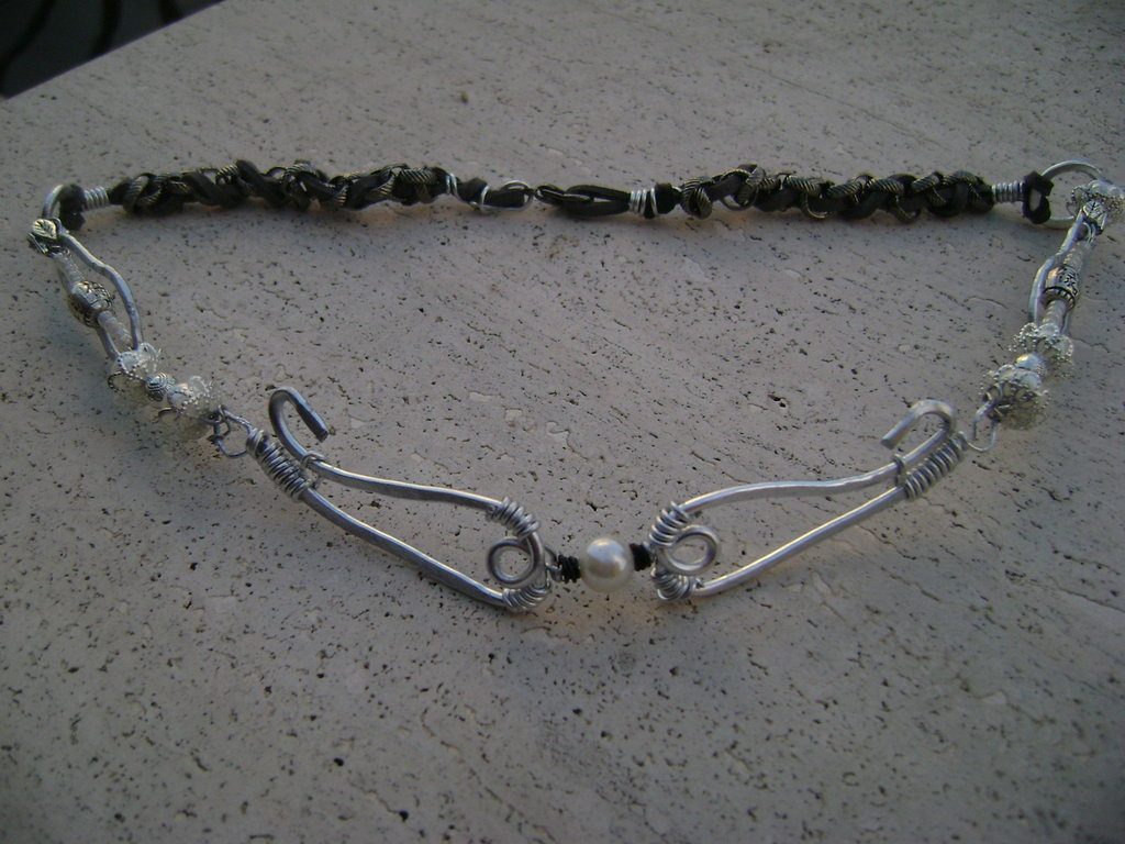 "Collana ""Total Grey"""