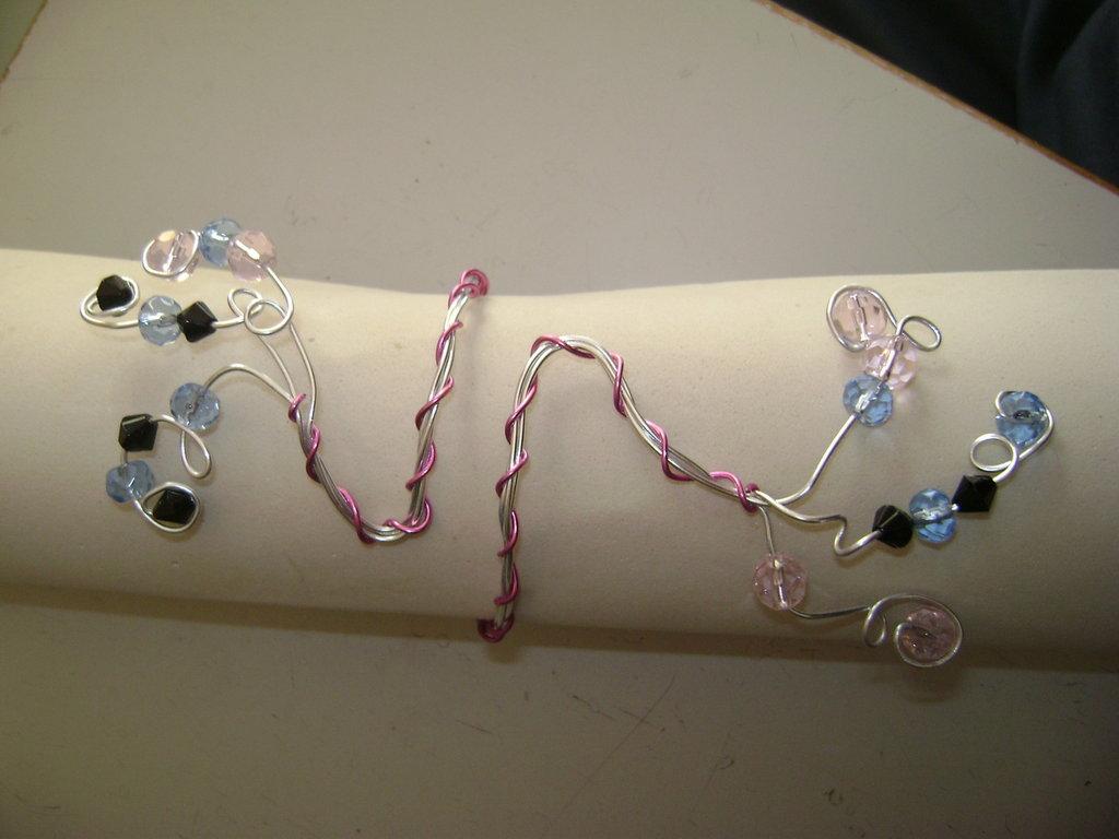 "Bracciale ""Pink Wire"""