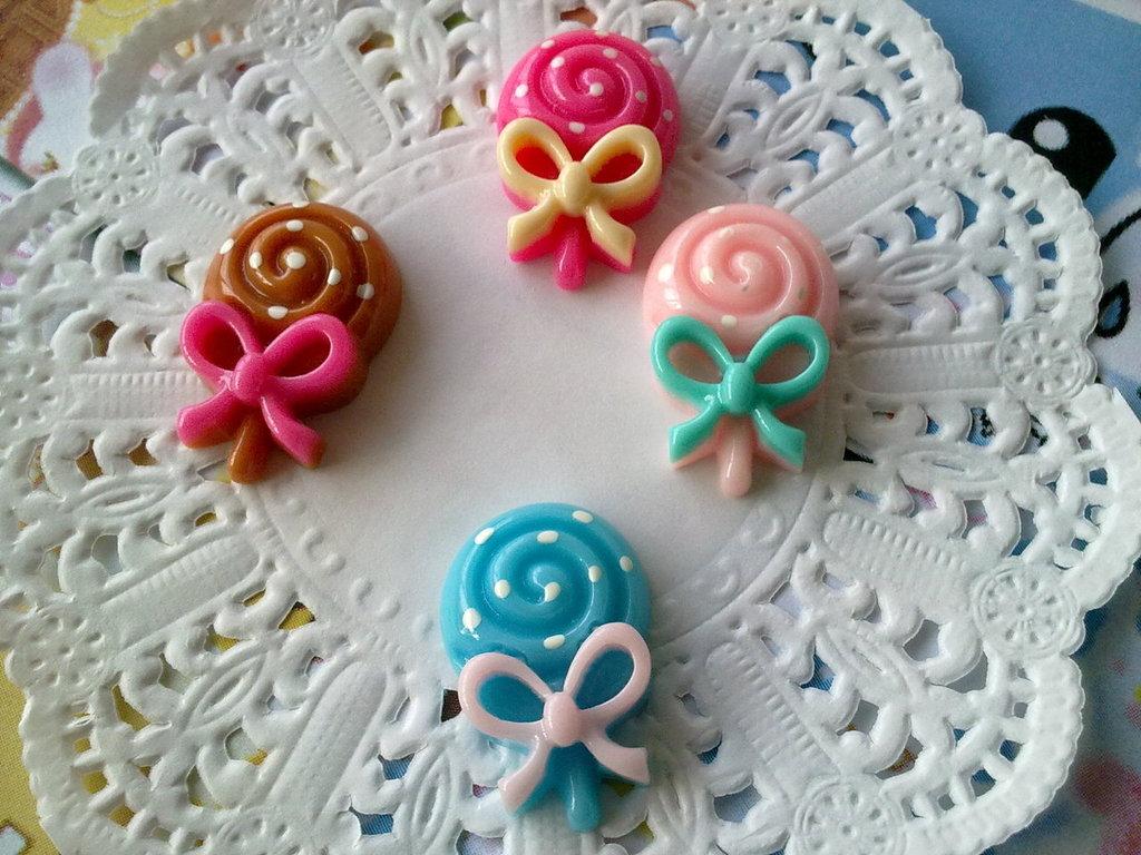 Cabochon lollipop