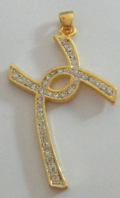 ciondolo croce in matallo dorato e strass