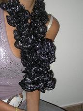 Sciarpa nera con lamè argento