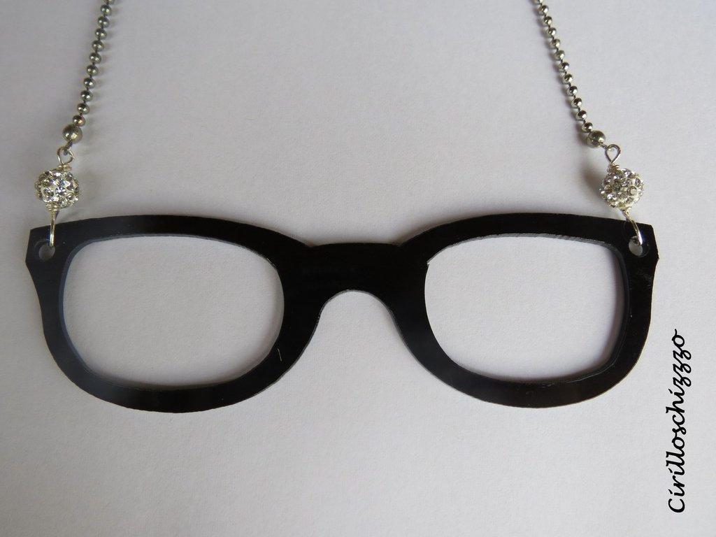 Neckglasses..