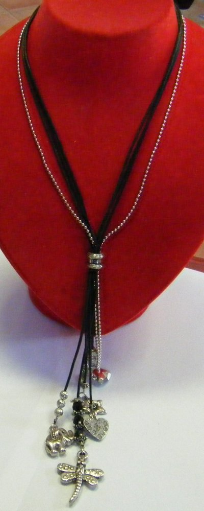 collana con cordini,catena e charms