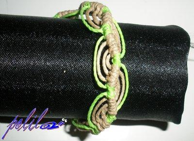 Braccialetto brasiliano verde chiaro brillante e paglia