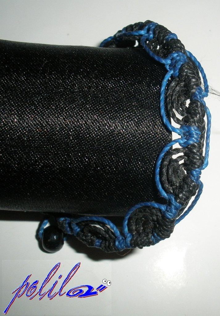 Braccialetto brasiliano blu e nero