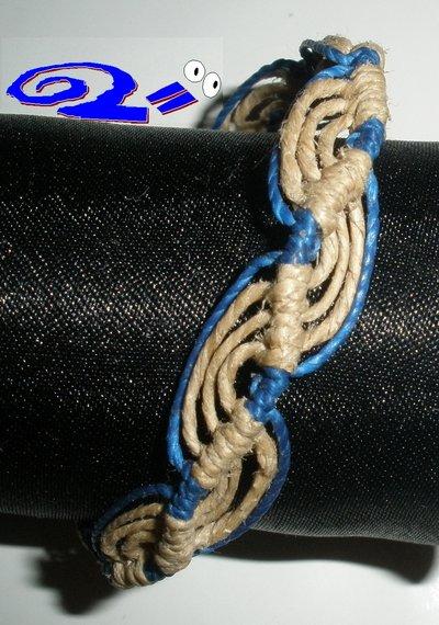 Braccialetto brasiliano blu e paglia
