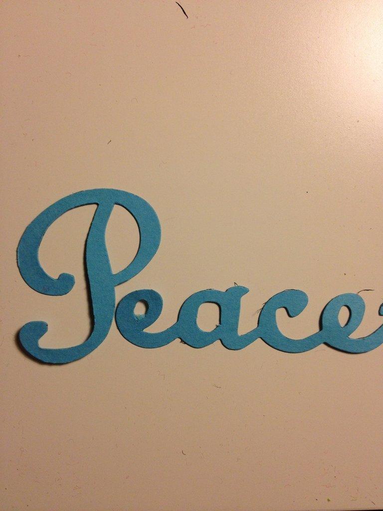 fustellato scritta peace
