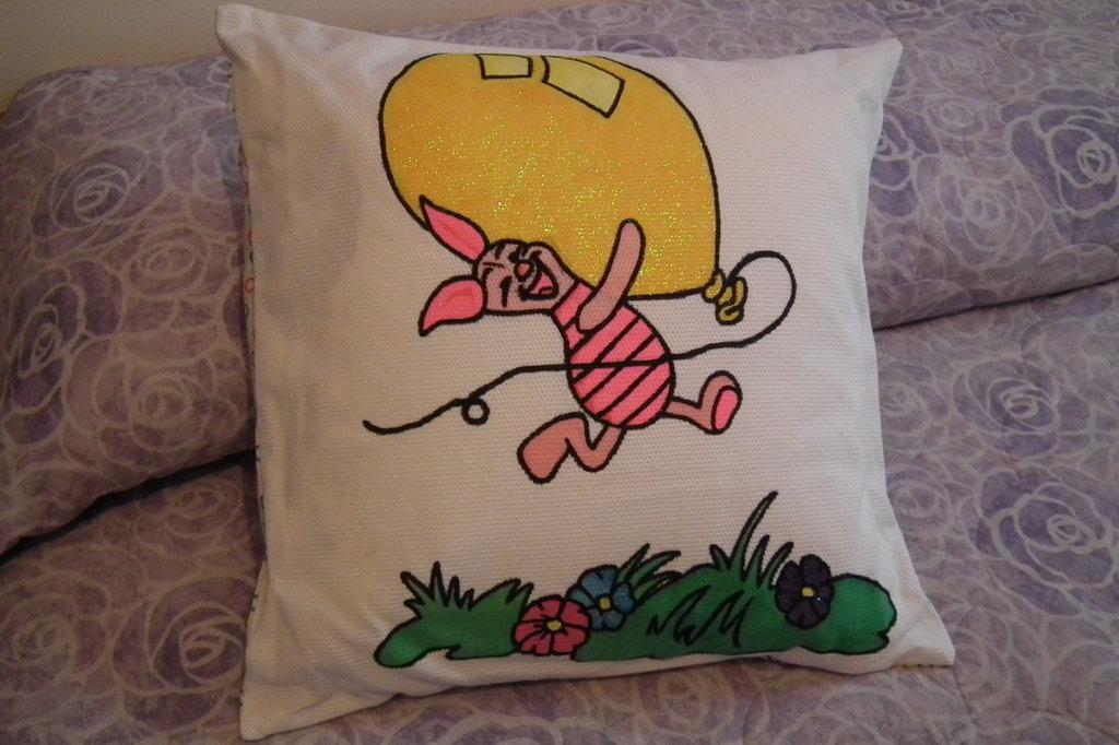 cuscino piquet disegnato