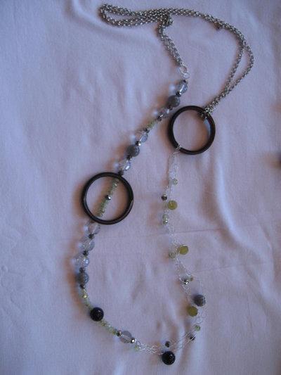 Collana lunga con anelli