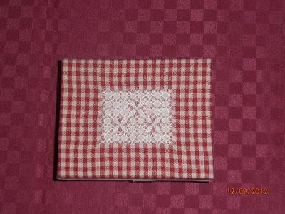 Idea regalo1 scatola ricamata