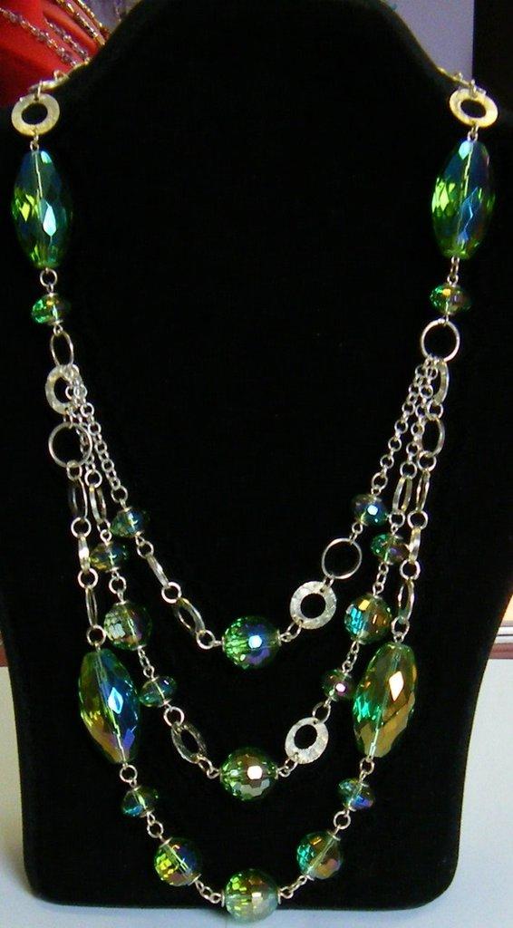 bellissima collana con catena in argento e cristallo