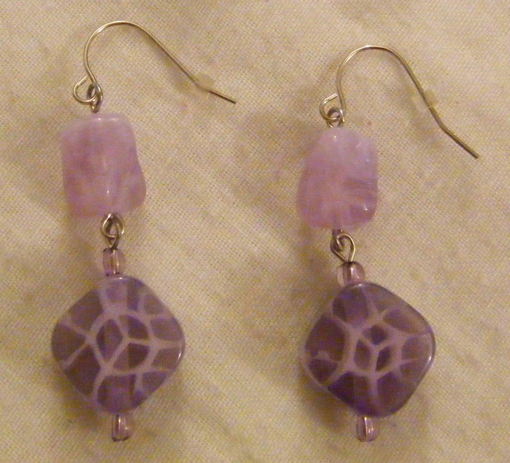 orecchini pendenti disponibili a 2 colori