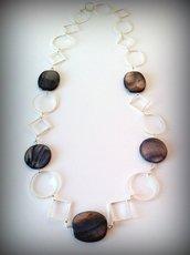 Collana geometrica con pietre naturali