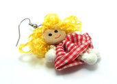 Orecchini fatti a mano con bambolina