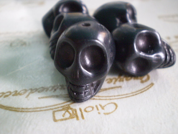 5 Perline Teschi Pietra Sintetica NERO