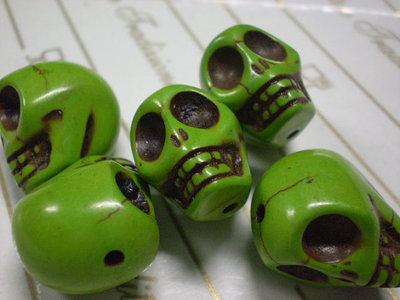 5 Perline Teschi Pietra Sintetica MENTA