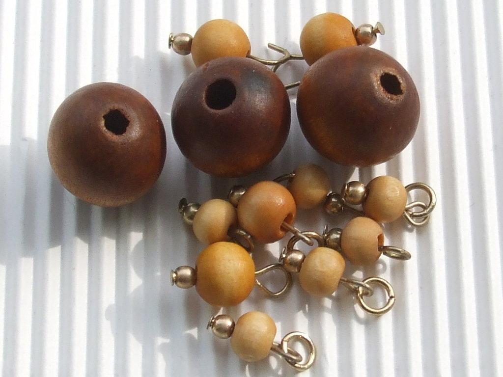 Lotto 12 pz.perle legno