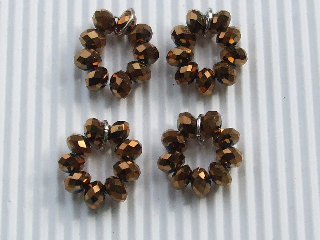4 cerchi di briolette bronzo dorato con anellino