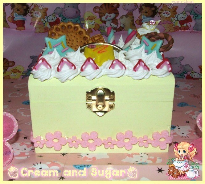 Light yellow Cake box