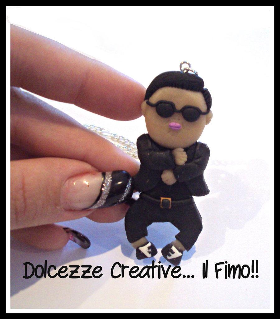 ★★IMPERDIBILE - SALDISSIMI★★Collana Gentlman m/v Gangnam style , PSY Tribute!  - K-pop