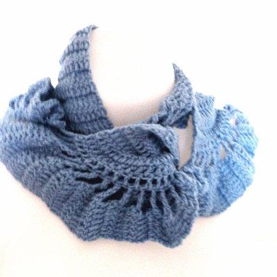 sciarpa azzurra