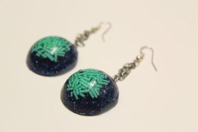 Orecchini in Resina con Glitter Blu e Granellini Verde Acqua