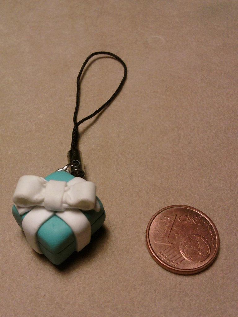 Phonestrap mini pacchetto regalo stile Tiffany fimo