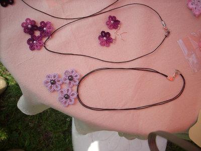 parure di collana ed orecchini creata al chiacchierino
