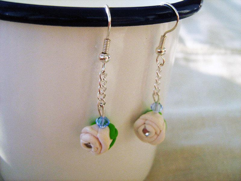 orecchini rose bianche e brillantini