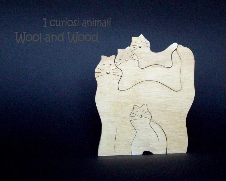 4 gatti in legno - 003